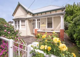 Ballarat accommodation self contained fully furnished